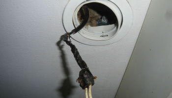 Действия при возгорании электропроводки